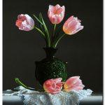 Bình Hoa Tulip Khoe Sắc M1231